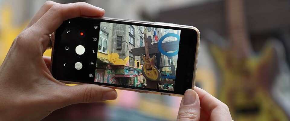 qu'est ce qu'un smartphone android smartphone wikipedia exposé sur le smartphone qu'est ce qu'un téléphone portable fonctions d'un smartphone qu'est ce qu'un smart tv quelle est la différence entre un smartphone